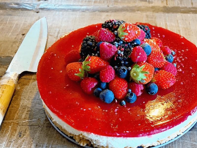 Bær-cheesecake med hindbær