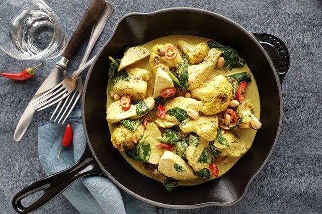 Kylling og blomkål i kokosmælk og karry
