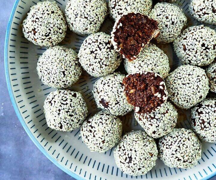 Snackkugler med kokos og kerner